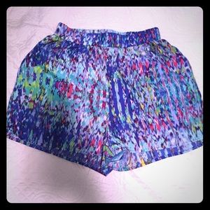 Colorful Everly SZ small shorts with front pockets
